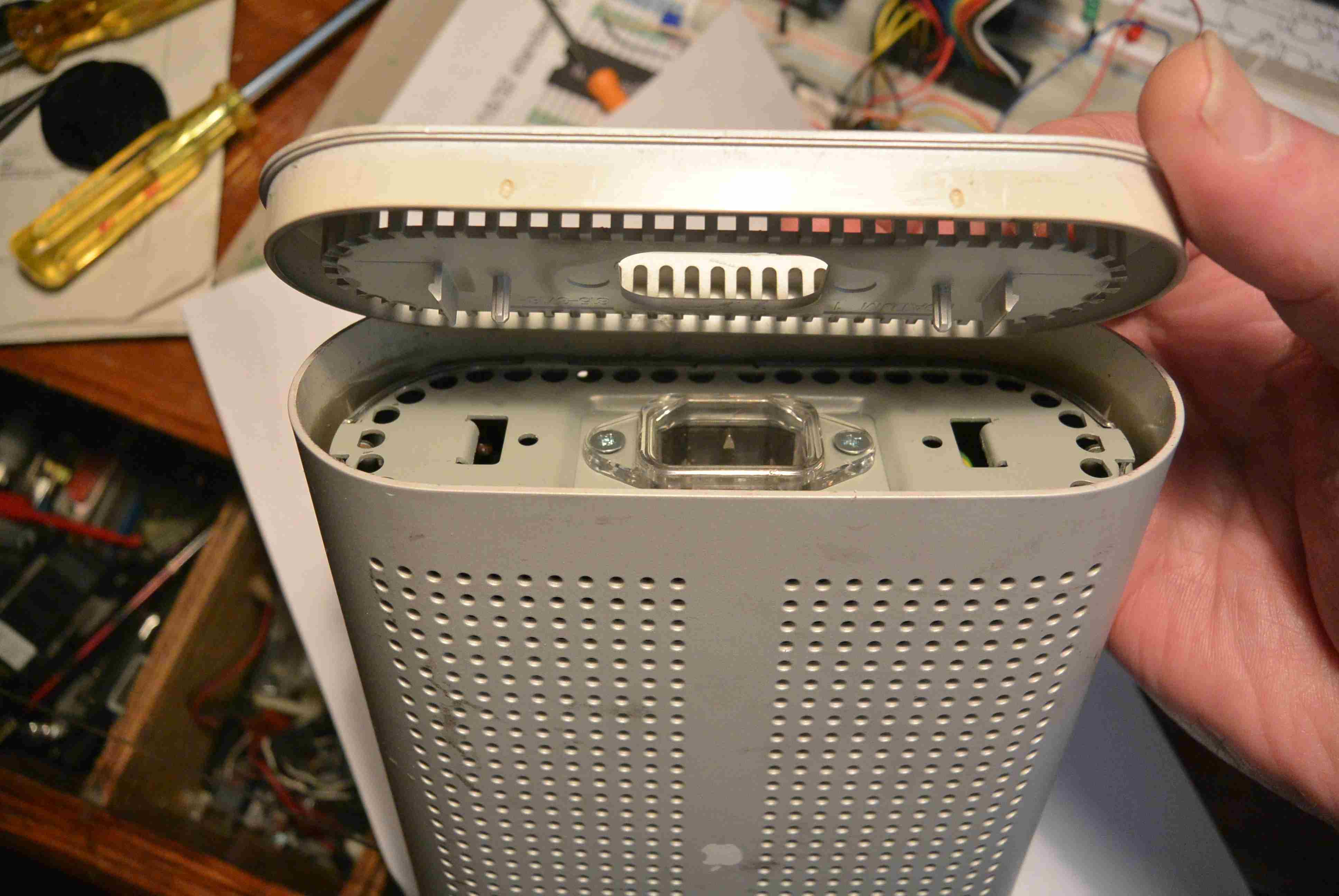Apple M5849 - AC.JPG